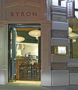 Byron(H)-2c159bfa-182e-4972-b3c9-a39ffb845830-0-450x521