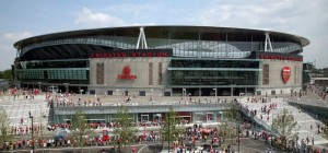 Emirates-Stadium-designed-by-Populous-©-Simon-Warren1-990x465