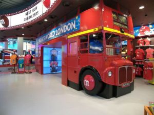 MM-World-London-bus